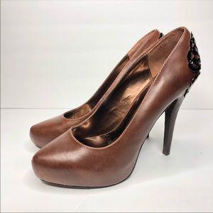Shoes - Carlos Heels Women's Size 9